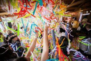 бумажная вечеринка